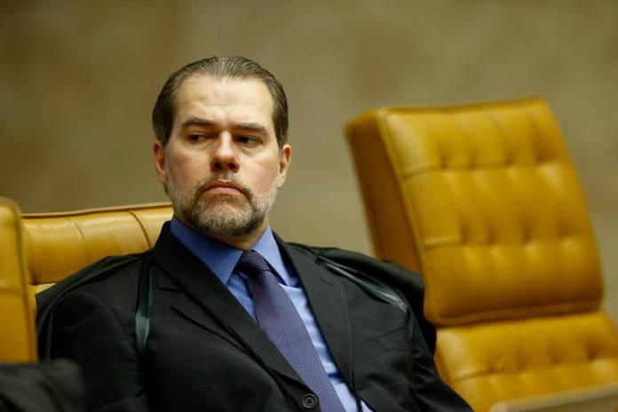 DIAS TOFFOLI - A FAVOR DE LULA: Para o ministro, a execução da pena só deve começar após o esgotamento dos recursos possíveis no STJ, e não após a decisão da segunda instância. Em casos julgados por júri popular, pode ser imediata