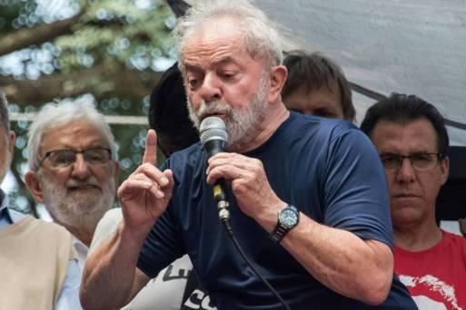 Resultado de imagem para Preso, Lula teve 75% de menções negativas