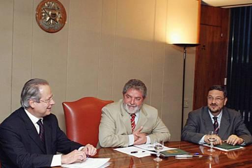José Dirceu, ex-presidente Lula e Antonio Palocci, o trio que comandou o país no primeiro governo petista
