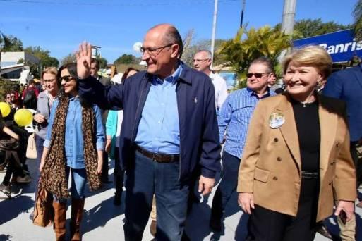 O candidato do PSDB à Presidência, Geraldo Alckmin, cumpre agenda de campanha no Rio Grande do Sul