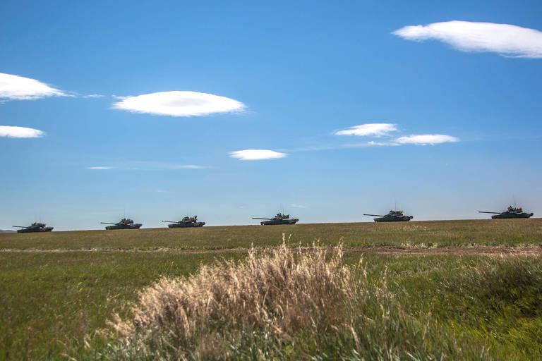 15366967235b982193089d6_1536696723_3x2_md No primeiro dia de exercício militar, Rússia e China enviam sinal aos EUA