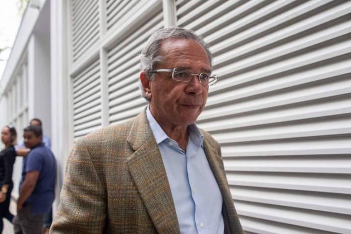 Logo após a eleição de Bolsonaro, Paulo Guedes foi alçado a superministro. No futuro governo, o Ministério da Economia irá unir as atuais pastas da Fazenda, Planejamento,  Indústria