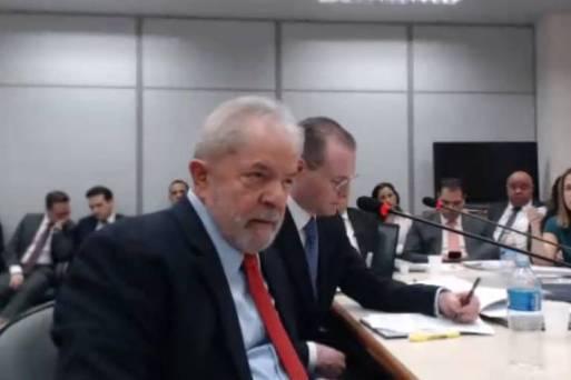 O ex-presidente Lula durante depoimento à juíza Gabriela Hardt