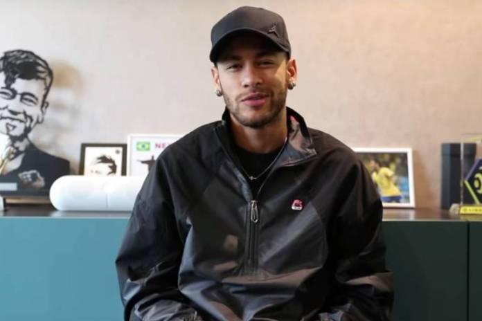 Neymar ainda briga com Receita Federal
