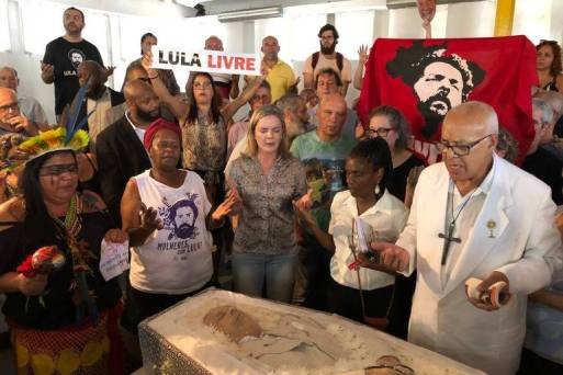 Enterro de Genival Inácio da Silva,conhecido como Vavá, irmão de ex-presidente Lula