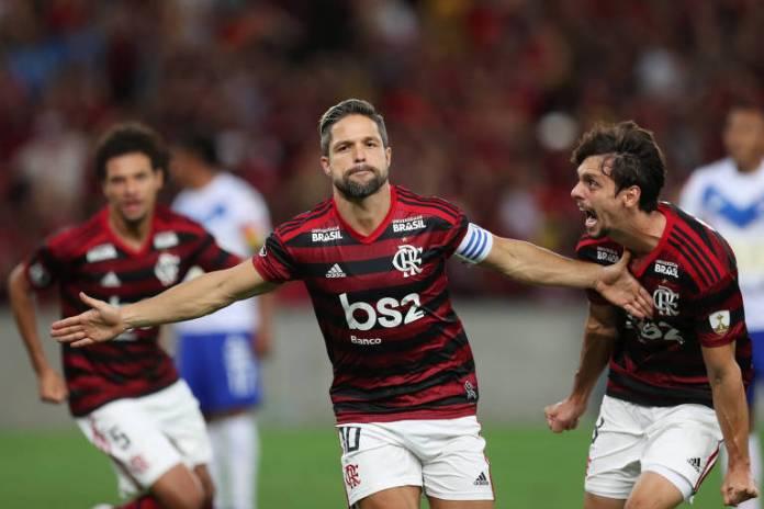 O Flamengo estreou na Libertadores com vitória por 1 a 0 sobre o San José (BOL), clube que ainda golearia por 6 a 1 no returno da fase de grupos