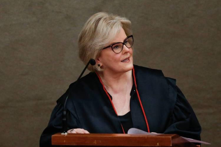 A atual presidente do TSE (Tribunal Superior Eleitoral), a ministra Rosa Weber