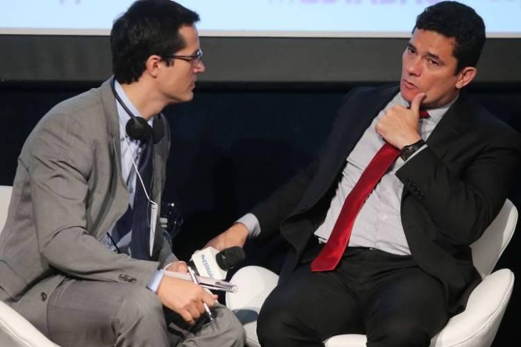 Deltan Dallagnol e Sergio Moro durante participação em fórum em São Paulo, em outubro de 2017