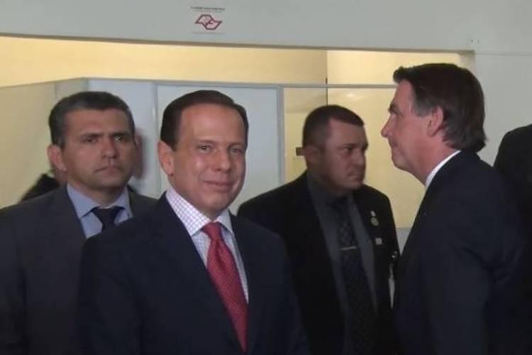 Ao lado de Doria, em SP, Bolsonaro encerra entrevista ao ser questionado sobre situação de Moro
