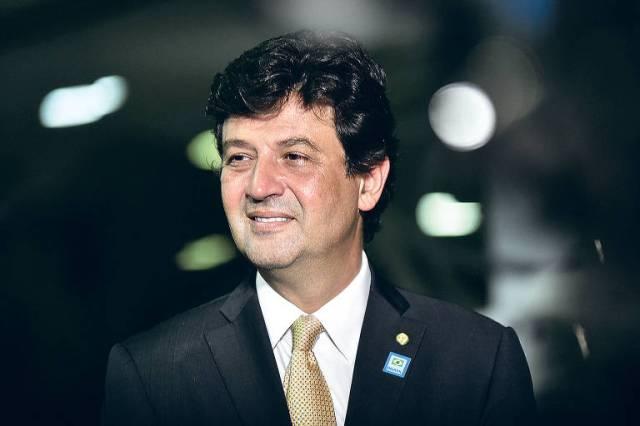 Mandetta quando ainda era deputado, no Salão Verde, em Brasília, em novembro de 2018