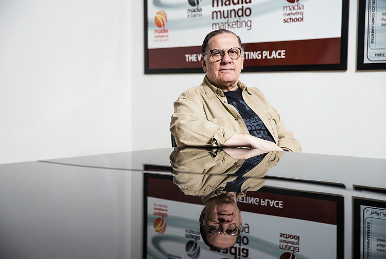 São Paulo, SP, Brasil, 22-12-2017: Francisco Alberto Madia de Souza, especialista em Marketing. (Foto: Alberto Rocha/Folhapress) ** SOBRE TUDO **
