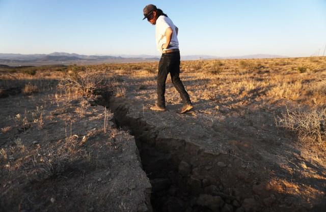 Californiaes el estado más poblado de Estados Unidos, pero la zona del epicentro del terremoto, el desierto de Mojave es una gran área escasamente poblada.