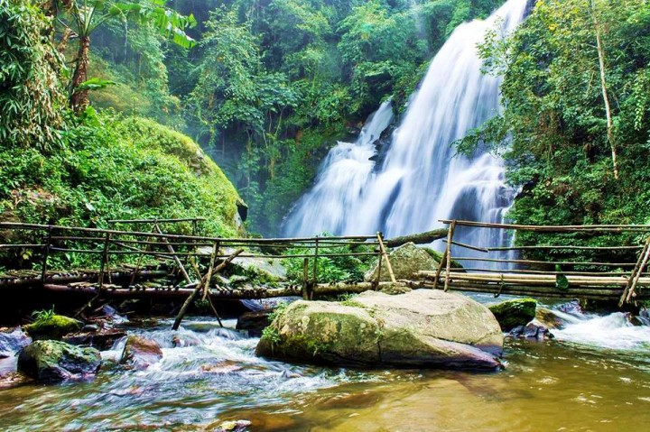 pha dok siew waterfall