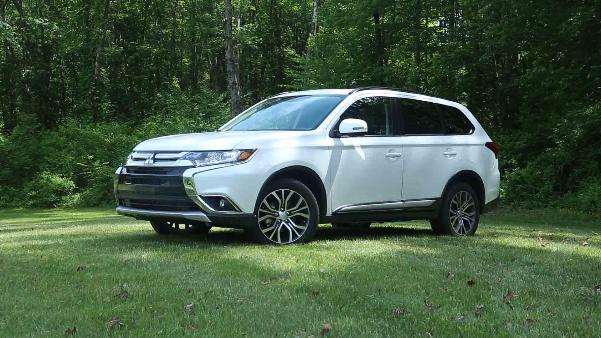 2016 Mitsubishi Outlander Review  Consumer Reports