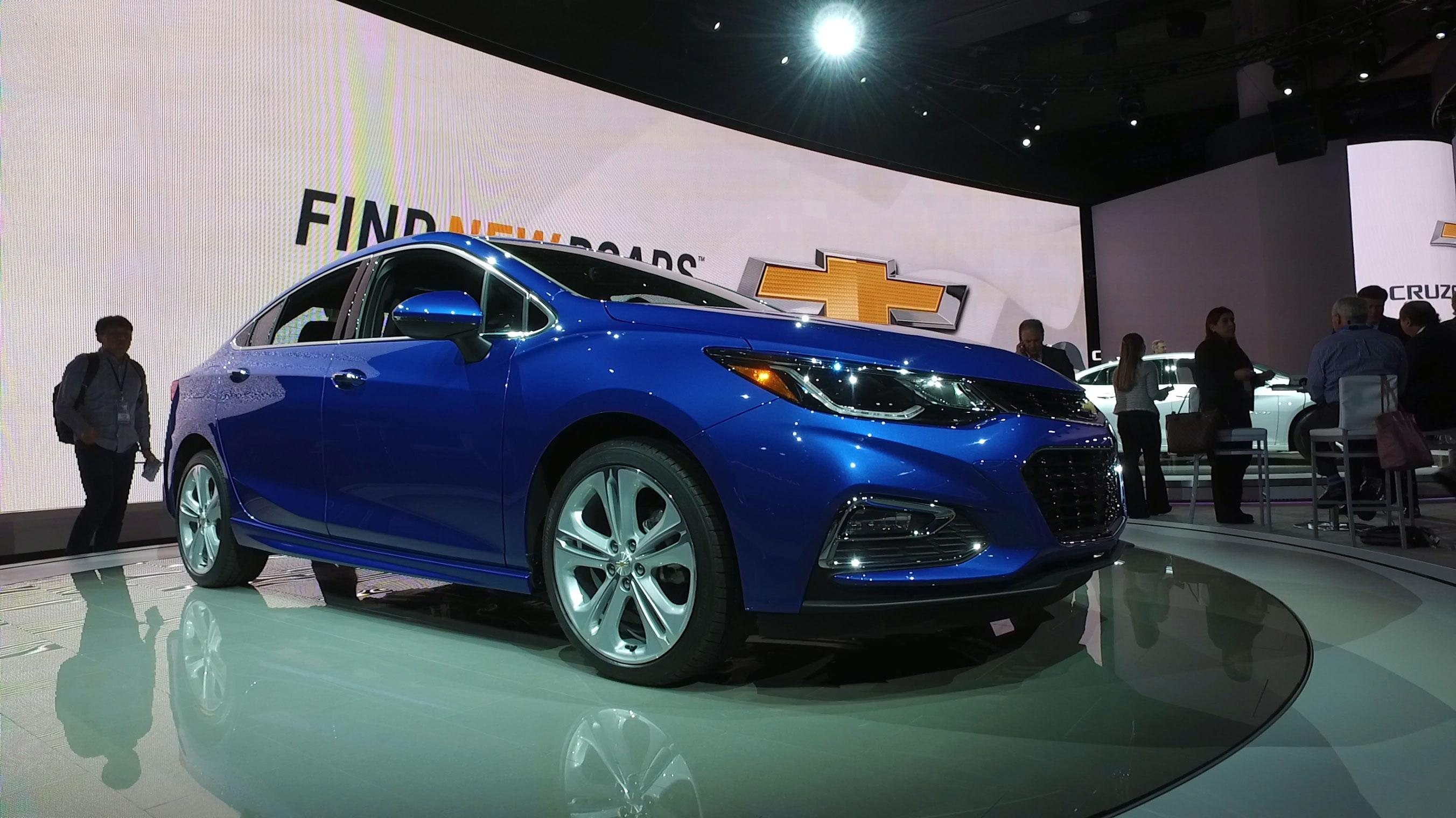 medium resolution of 2016 chevy cruze aims to feel bigger with redesign