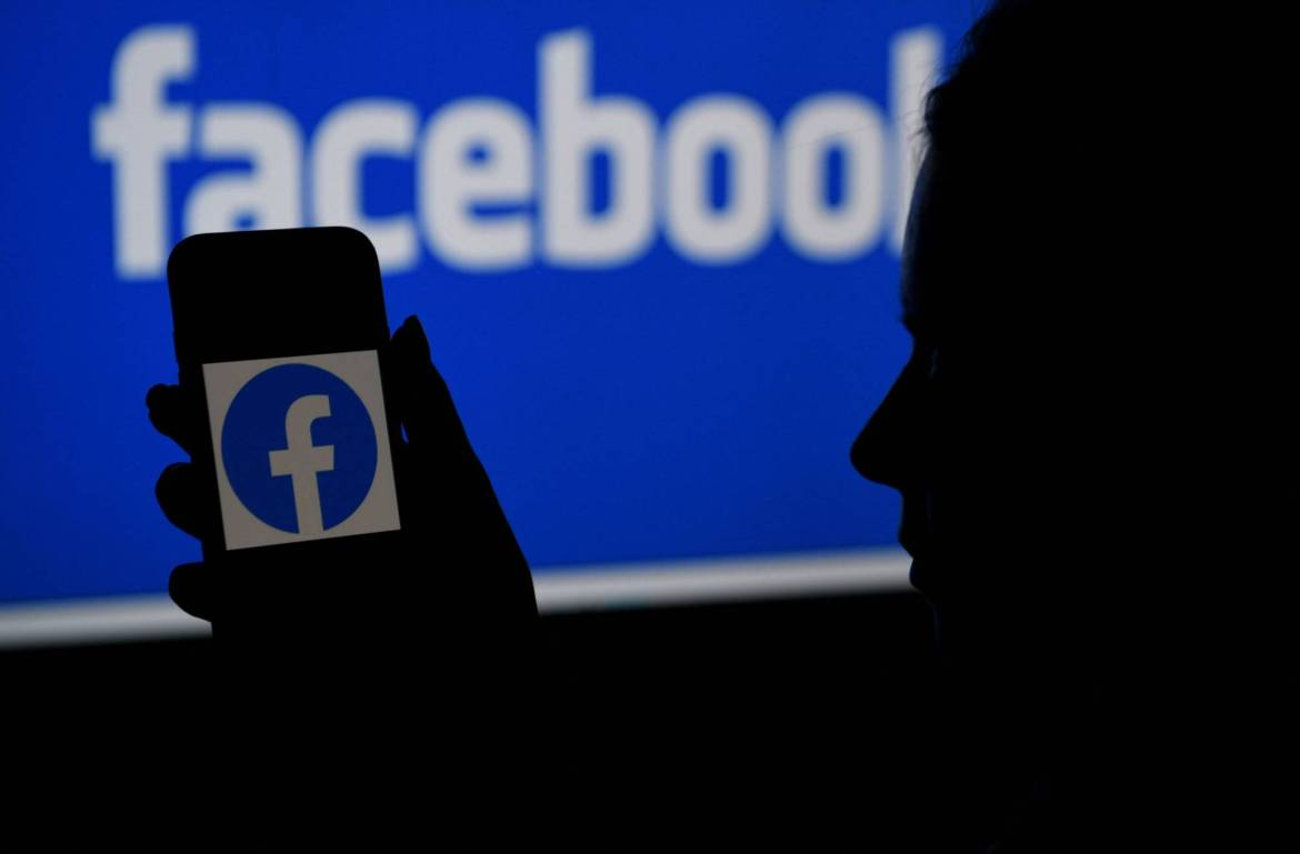 Facebook's biggest challenge in the hyperlocal market is overcoming the head start of its competitors.   AFP-JIJI