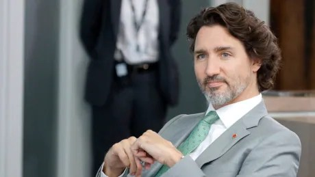 Trudeau addresses Canadians on COVID-19