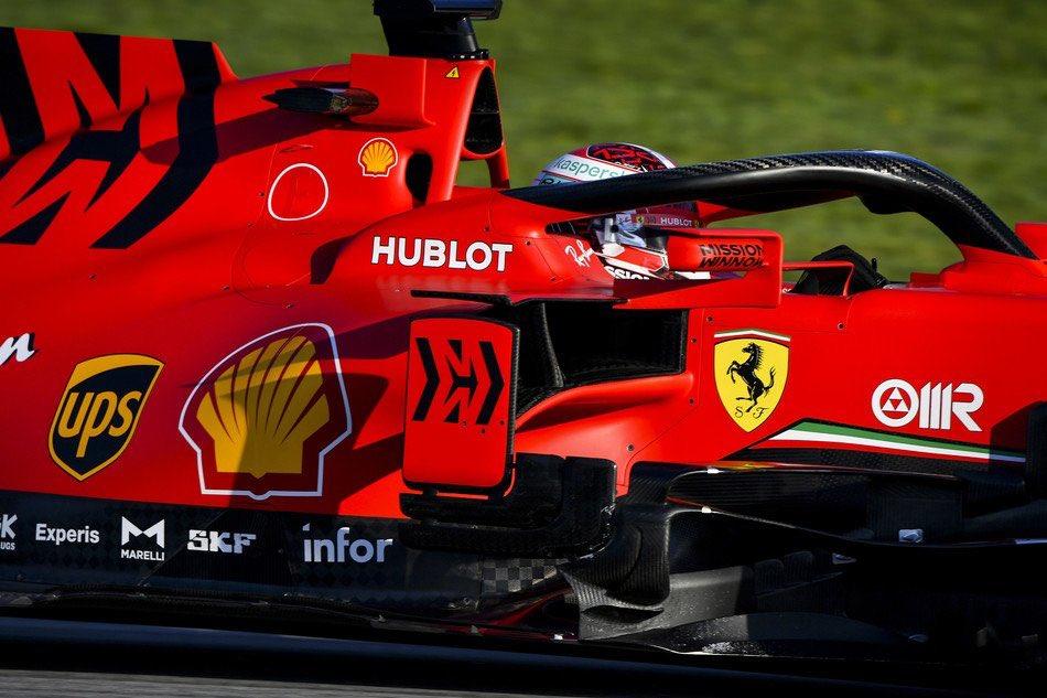 F1 - Sergio Perez domine la séance matinale aux essais hivernaux à Barcelone