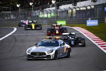 safety car virtual gp eifel nurburgring hamilton max verstappen fia direttore gara michael masi