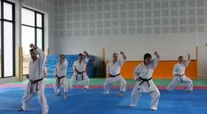 Karate y su vestimenta.