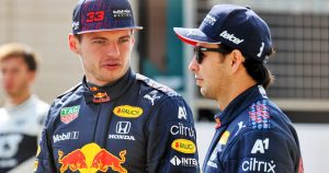 Verstappen 'had to say sorry' to Perez for 2020 incident