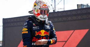 Hakkinen: Max cannot afford these 'small mistakes'