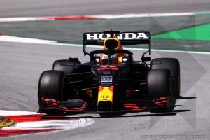 Verstappen in P1 in third free practice Barcelona