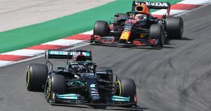 Red Bull's complaint against Mercedes 'trick' was thrown out