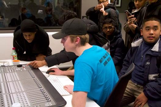 Lydstudio er et populært tilbud på skolen.