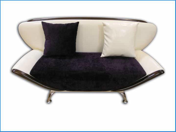 Gerade Sofas in der Kche schmale Modelle fr einen kompakten Raum  fabalabsorg