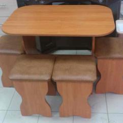 Kitchen Stool Pub Table Sets 选择软座椅的厨房凳子 主要标准和要点 Fabalabs Org 通常 厨房的凳子会立即以相同材料的桌子出售 它们将