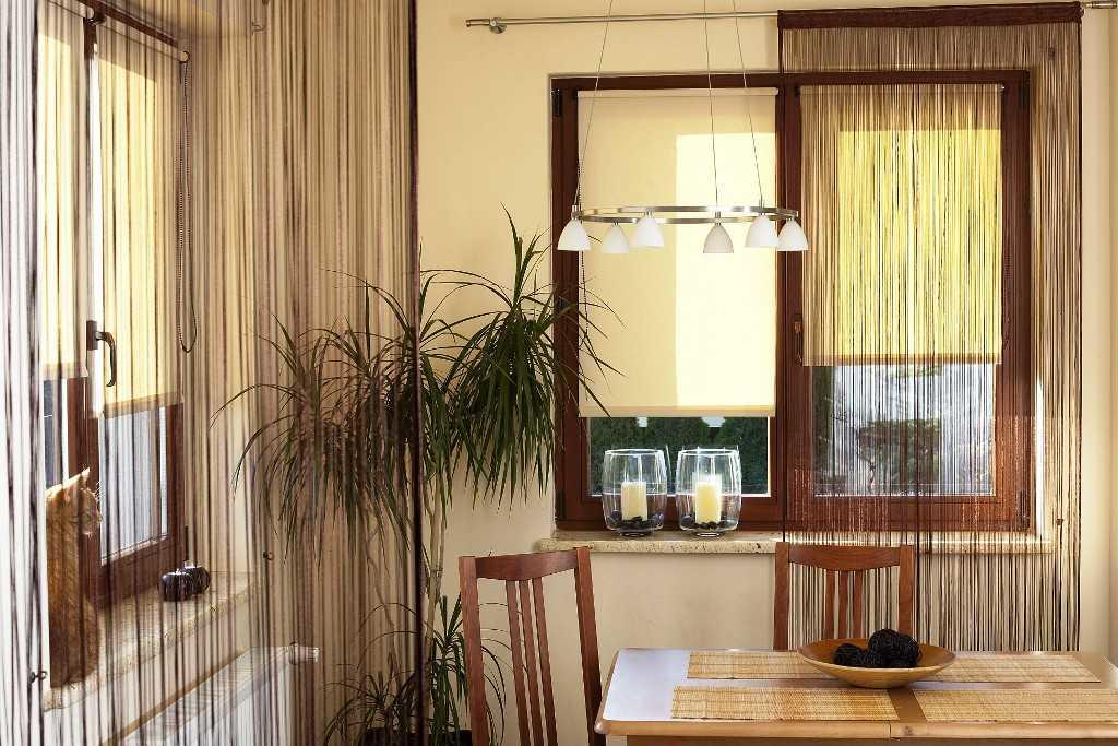 kitchen curtain ideas wooden cabinets 厨房里有吸引力的长丝窗帘 照片和想法 fabalabs org
