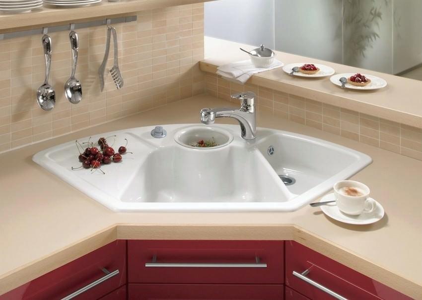 kitchen corner sinks buffet for 厨房水槽的角落橱柜:用自己的双手设计的特点 | fabalabs.org