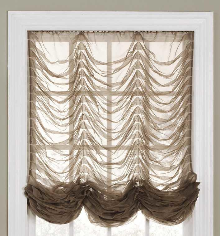 kitchen curtains ideas pine bench 舒适的小厨房窗帘 照片和有趣的想法 fabalabs org 法国窗帘专为小巧舒适的厨房而设计 尽管它们看起来非常