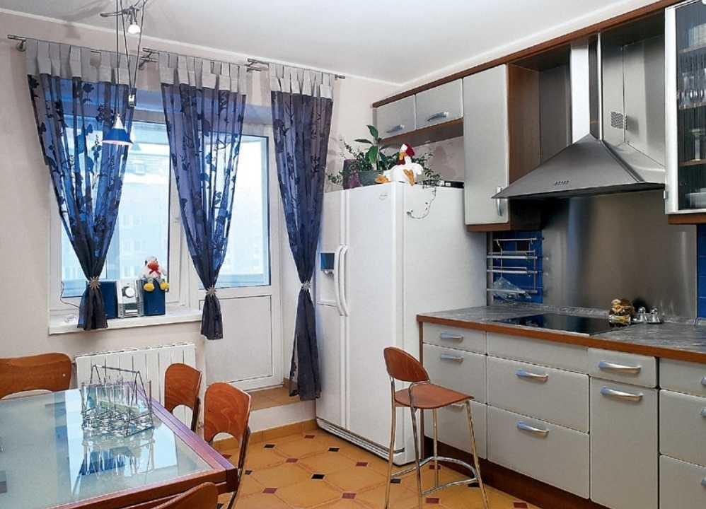 kitchen curtains ideas shaker cabinets 舒适的小厨房窗帘 照片和有趣的想法 fabalabs org