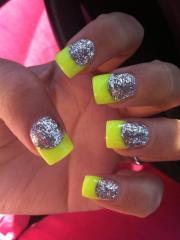 nails neon trend spring