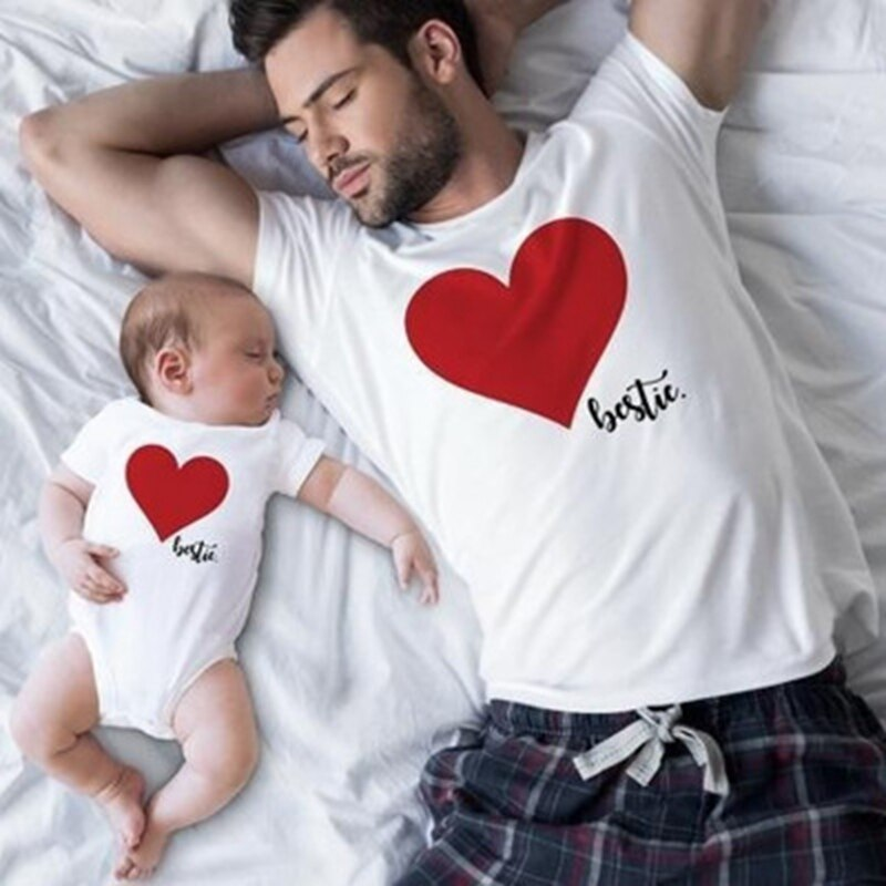 Daddy Mom and Me Heart Printed Bestie T-Shirt
