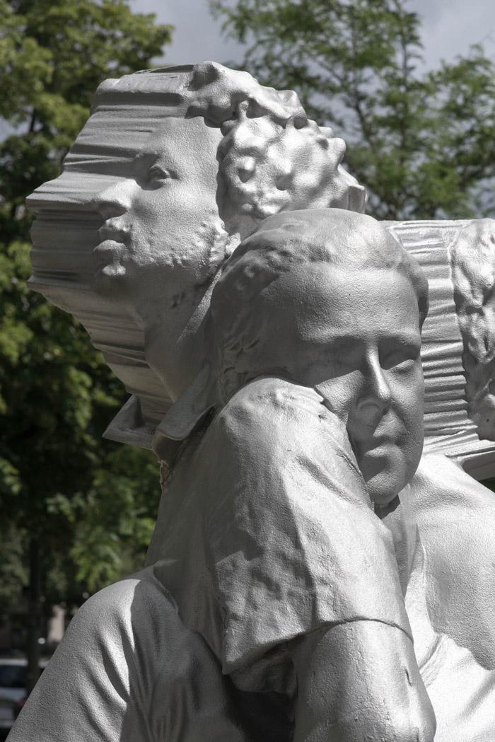 Fabian Hesse and Mitra Wakil: Westpark Clouds. Public Art sculpture, Munich 2016