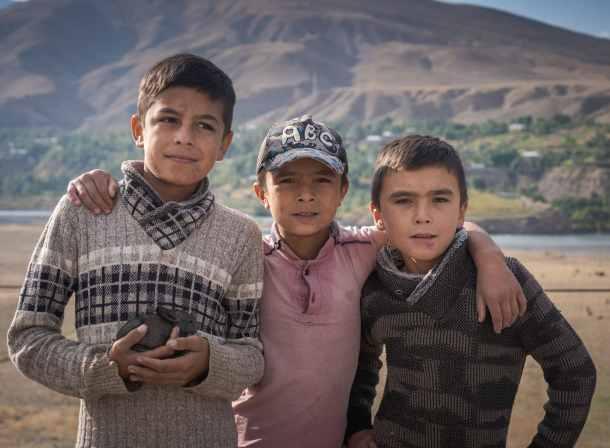 kids of tadjikistan