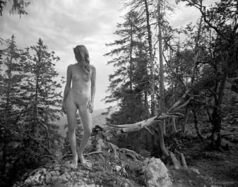 Creu du Van, Neuchâtel, femme nue,photographie de nu artistique féminin, par Fabien Queloz