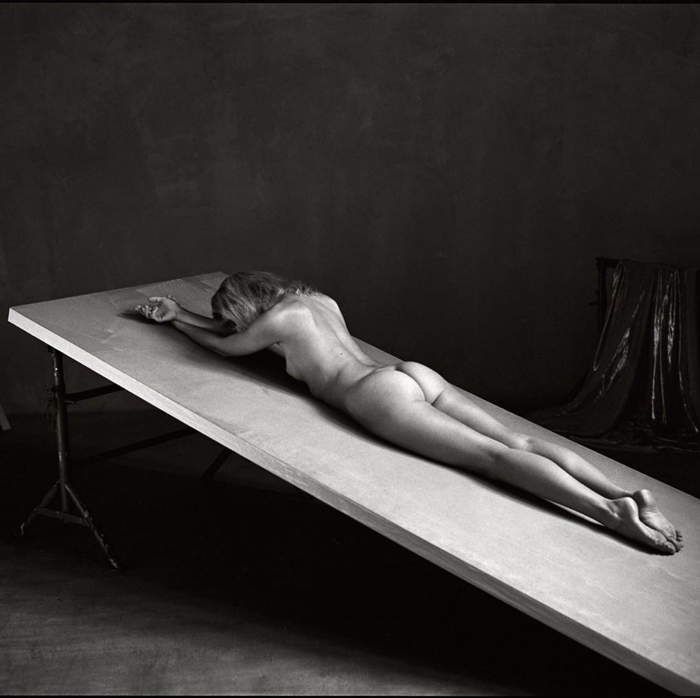 Photo de nu Neuchâtel Studio Fabien Queloz professionnel photographe