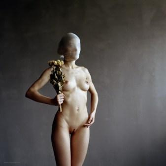 Contemporary female Nude photography by Fabien Queloz, ElleStudio.ch, Switzerland