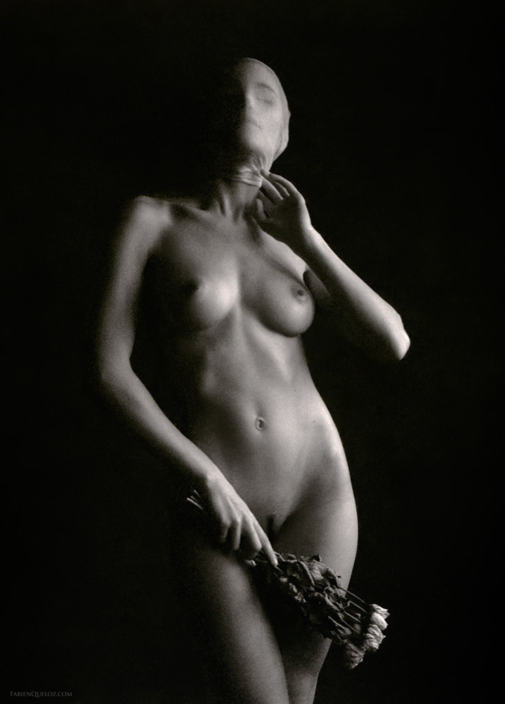 Contemporary female Nude photography by Fabien Queloz, ElleStudio.ch, Switzerland