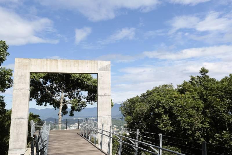 Janela do Mirante do Morro da Boa Vista - Joinville (SC)