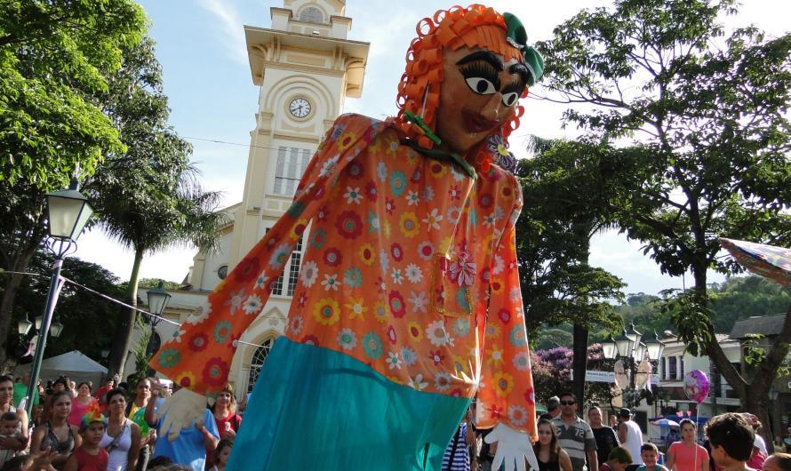 Blocos de São Luiz do Paraitinga animam o Carnaval de Socorro