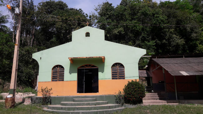 Igreja na Comunidade de Santa Luiza - Web (1)