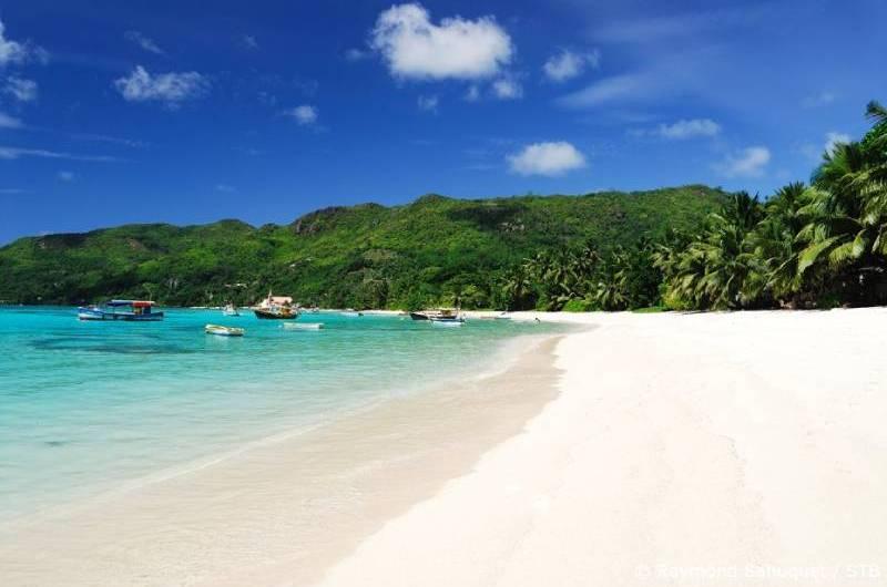 Na costa leste da África, as Ilhas Seychelles voltam à rotina