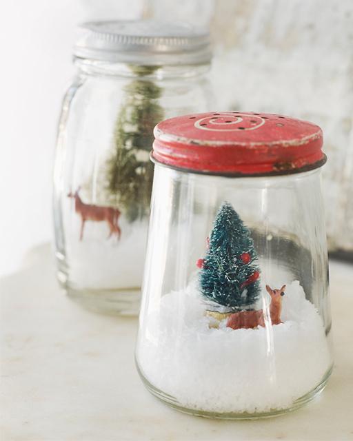 Simplificando o Natal: Antes pote de geleia, agora globo de neve