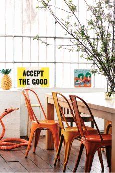 dining-room-mark-tuckey-timber-table-thonet-chairs-saskia-folk-home-mar15-20150303143848-q75,dx1920y-u1r1g0