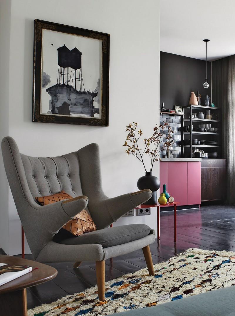 espaços pequenos, decoração ousada com rosa e preto